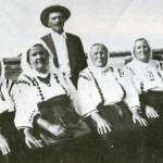 1935  Raveta V. Toma; Maria M. Yurko; Veronica J. Toma; Rafira C. Skirka; Ana P. Esak; Vasilca E. Cuciurean; Annie E. Cojocari;